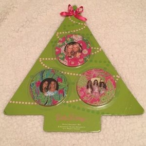 Lilly Pulitzer ornament photo set